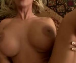 Porno en directo con la tetona Holly Halston - Webcams